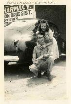druggist-couple-photo